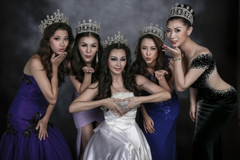 Miss & Mrs Asia Noble Queen International 2015